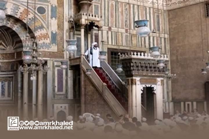 حكم إمامة المسافر للمقيم في صلاة الجمعة